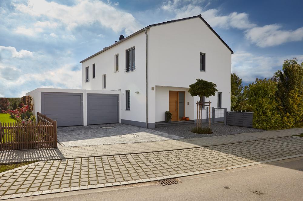 BSP, Bau, Bauträger, Einfamilienhaus, Garage